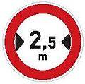 CZ-B15 Zákaz vjezdu vozidel jejichž šířka přesahuje vyznačenou mez.jpg
