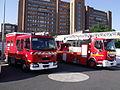 Camions de pompiers parisiens à Clichy..jpg