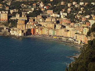 Camogli - Image: Camogli seen from san rocco