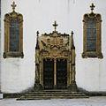 Capela de S Miguel Portal Manuelino Universidade de Coimbra IMG 0666.JPG