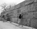 Carving stone at the FDR Memorial during construction, Washington, D.C LCCN2011635591.tif