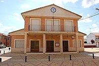 Casa consistorial Arcos de la Polvorosa.jpg
