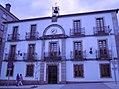 Casa consistorial de Arzúa.jpg
