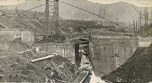 George F. Cotterill - Cedar River Dam under construction, circa 1900.