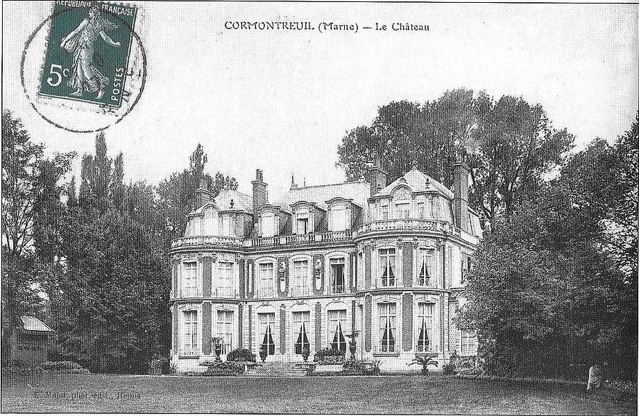Carte postale du Château Dauphinot depuis le parc .