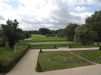 Come arrivare a Golf du Chateau D'Augerville con i mezzi pubblici - Informazioni sul luogo