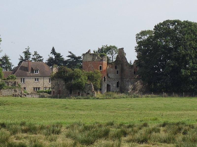 Château de fr:Saint-Germain-sur-Sèves