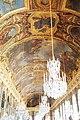 Château de Versailles, galerie des glaces, lustres.jpg
