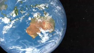 File:Changing cloud cover over Australia.ogv
