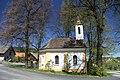 Chapel in Cabuze in 2011 (3).JPG
