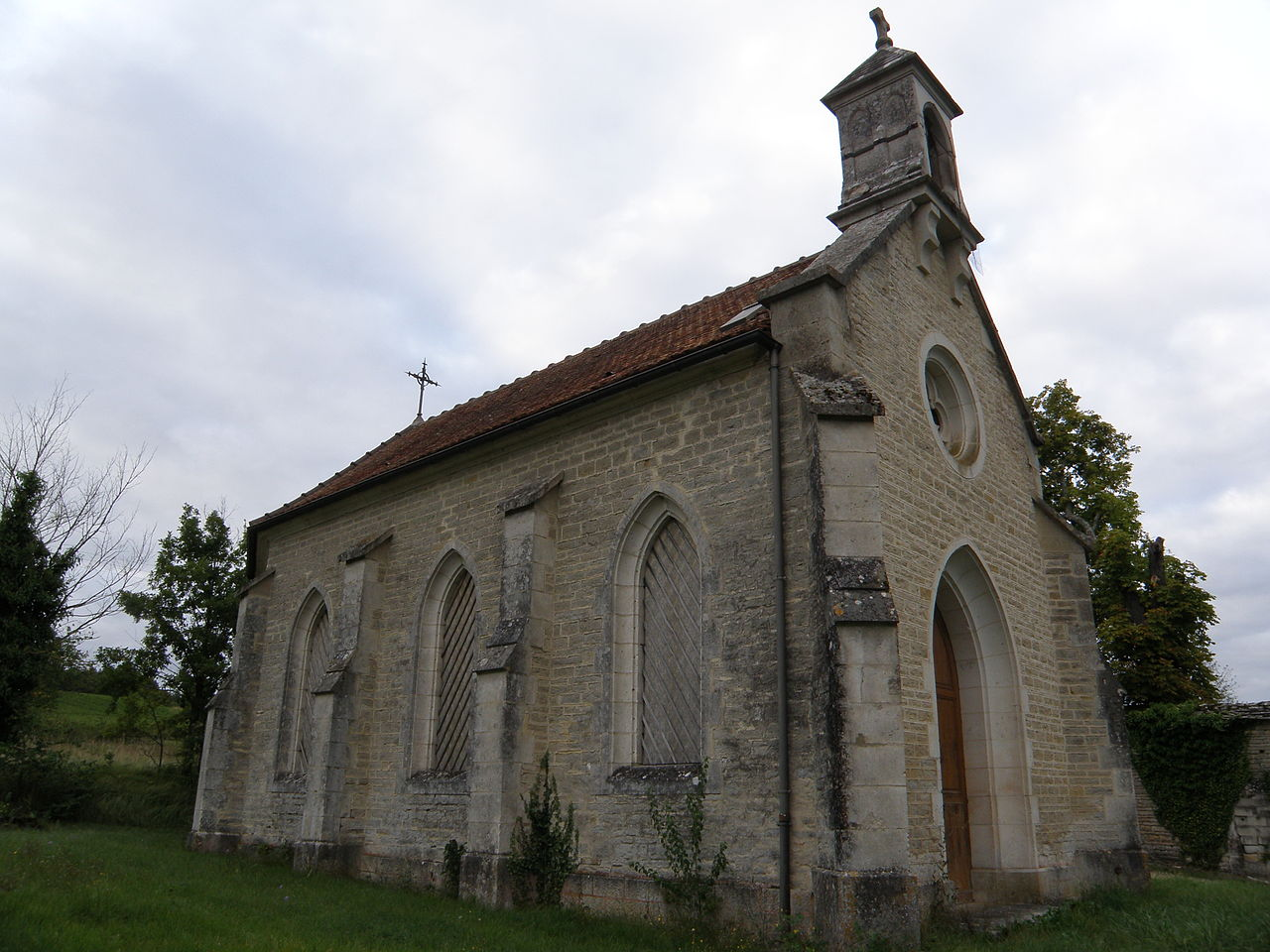 Chapelle Saint-Roch des Riceys03.JPG