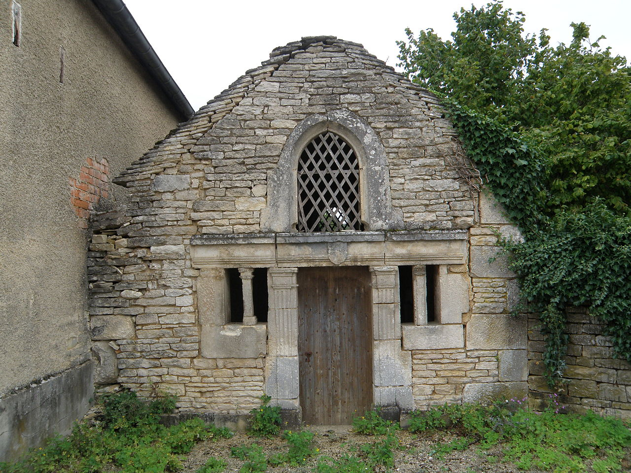 Chapelle Saint-Sébastien des Riceys01.JPG