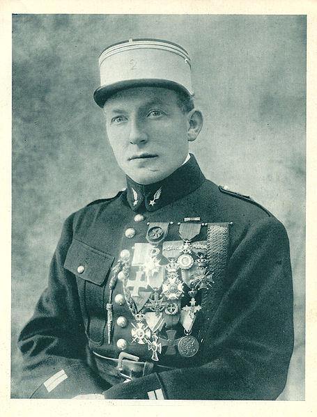 File:Charles Nungesser-en tenue de lieutenant.jpg