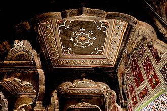 Chiniot - The interior of Chiniot's 17th century Shahi mosque is richly decorated with Mughal frescoes.