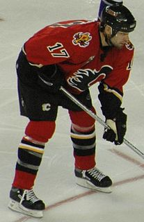 Chris Simon Canadian ice hockey player