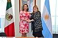 Claudia Ruiz Massieu con Susana Malcorra.jpg