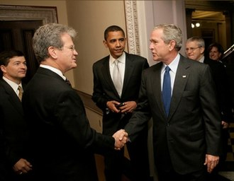 Tom Coburn - Senators Coburn and Obama and Congressman Jeb Hensarling greet President George W. Bush at the signing ceremony of the Federal Funding Accountability and Transparency Act of 2006