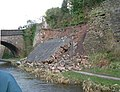 Collapsed retaining wall, Macclesfield Canal - geograph.org.uk - 751013.jpg