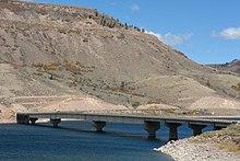 Middle Bridge httpsuploadwikimediaorgwikipediacommonsthu