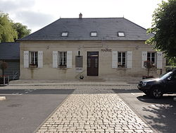 Courmelles (Aisne) mairie.JPG