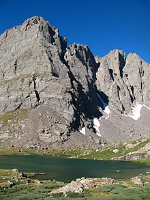 Crestone needle and lower south colony lake 2008.JPG