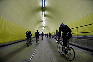 Critical Mass (cycling) - Broadway Tunnel (San Francisco) September 29, 2006