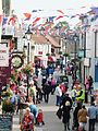 Crowds in Wrawby Street, Brigg.jpg