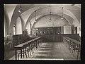 Czytelnia biblioteki Katolickiego Uniwersytetu Lubelskiego. ante 1939 (112830679).jpg