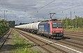 Düsseldorf Rath SBB Cargo 482 002 met keteltrein (28255962543).jpg