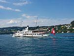Dampfschiff Stadt Luzern volle Fahrt.jpg