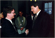David Nelson shaking hands with U.S. Vice President Al Gore