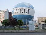 Die Welt balloon at Wilhelmstr.jpg