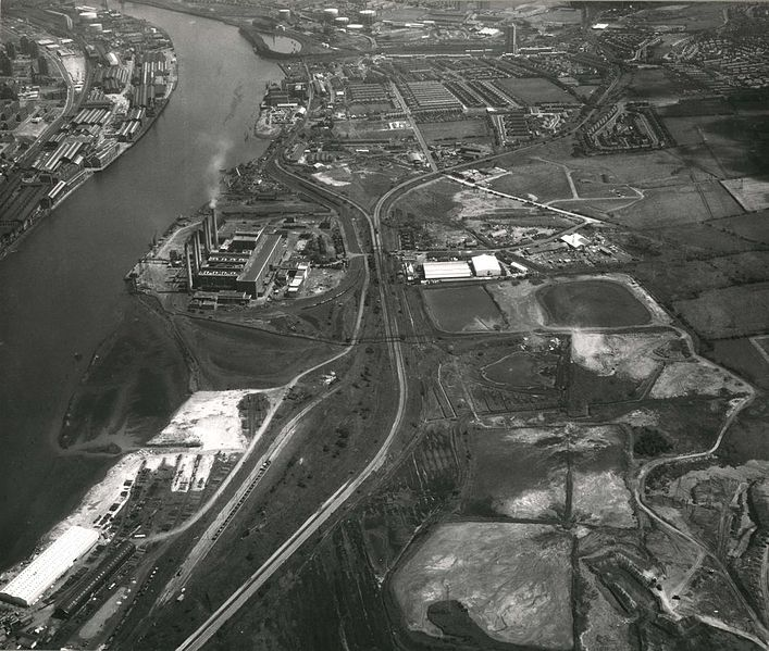 File:Dunston, Gateshead July 1971.jpg