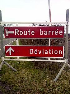 E,22b route barrée - déviation.jpg