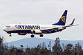 EI-EPE 737 Ryanair SCQ.jpg