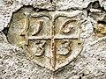 Ecusson daté de 1633, sur un mur d'habitation. Indevillers.jpg