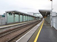 Edinburgh Gateway railway station, view east , Platforms 1 & 2, Scotland.jpg