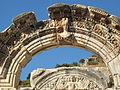 Efeso, tempio di adriano 08.JPG