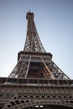 Eiffel Tower bit.jpg