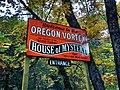 Entering the Oregon Vortex (6275492718).jpg