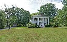 Exterior view of J. Pearl Jones House.jpg