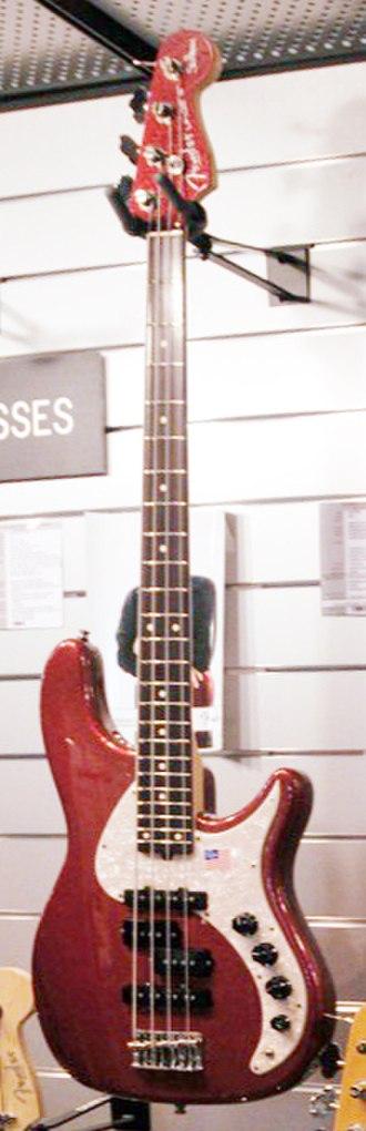 Fender Urge Bass - Image: Fender Stu Hamm Urge II Bass Salon de la Musique et du Son 2008