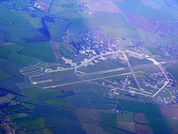 Former RAF Upper Heyford from the air - geograph.org.uk 2355952.jpg