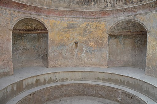 Forum Baths, semicircular niches of the frigidarium (cold bath room), Pompeii (14832530327)
