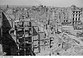 Fotothek df roe-neg 0002586 004 Blick von der Kreuzkirche in Richtung Wilsdruffer Vorstadt, Bauarbeiter auf eine.jpg