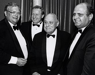 David Lange - Lange with Jim Bolger, Sir Robert Muldoon and Mike Moore, at the 1992 valedictory dinner, Wellington Club