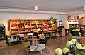 Fruiteria i verduleria, carrer de sant Vicent, València.JPG
