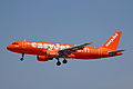 G-EZUI 1 A320-214 easyJet(200th ABus) PMI 26MAY12 (7273633016).jpg