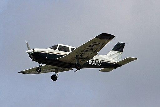 G-WARU Piper PA28 Cherokee Warrior III Aeros CVT 03-06-17 (35646466802)
