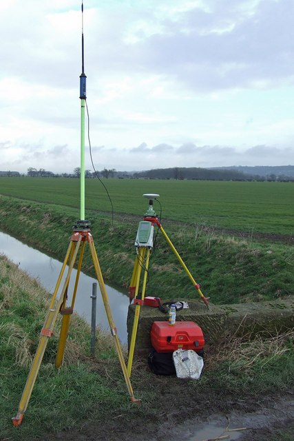 GPS Survey Equipment at Weir Dyke Bridge - geograph.org.uk - 336908